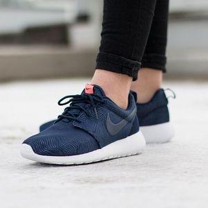 Nike Roshe One Moire